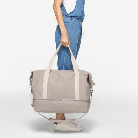 b817f6368d7 Lo & Sons Catalina Deluxe Canvas Weekender
